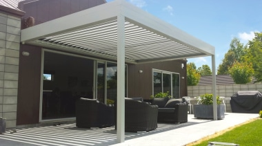 Silencio Rotating Louvres - canopy | outdoor structure canopy, outdoor structure, patio, roof, shade, gray, black