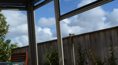 78580_louvretec-new-zealand-ltd_1557361643 - architecture | building | furniture | architecture, building, furniture, home, house, interior design, patio, pergola, property, real estate, roof, room, shade, tree, window, black, gray