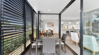 78580_louvretec-new-zealand-ltd_1557362033 - apartment | architecture | balcony | apartment, architecture, balcony, building, ceiling, daylighting, design, facade, floor, furniture, home, house, interior design, property, real estate, roof, room, white