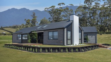 78894_fowler-homes-ltd_header-image_1571106119 - architecture | building | cottage | architecture, building, cottage, estate, facade, farm, farmhouse, home, house, land lot, landscape, property, real estate, residential area, roof, room, rural area, siding, tree, brown