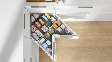 The SPACE CORNER gives you full extension drawers