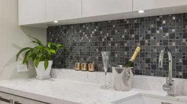 St Heliers III - countertop | granite | countertop, granite, interior design, kitchen, room, sink, tap, tile, under cabinet lighting, gray