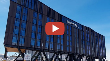 Ready to fly – Novotel Christchurch Airport blue, teal