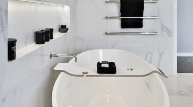 White marble bathroom -