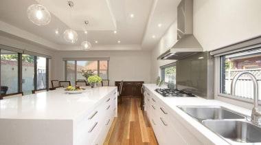 Mint Kitchens - Organic White™ - countertop | countertop, cuisine classique, estate, interior design, kitchen, property, real estate, window, white