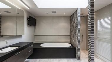 Entrant: Davinia Sutton #2 – 2015 NKBA Design architecture, bathroom, interior design, room, gray