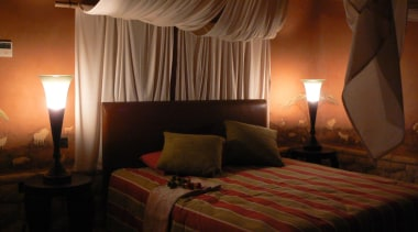 micro colour 18.jpg - micro_colour_18.jpg - bed | bed, bedroom, ceiling, hotel, interior design, lighting, room, suite, brown, black