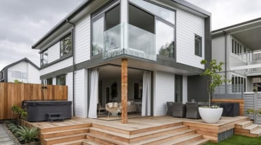 Simpler. Faster. Proven Weathertight. - A-lign Concealed Fix backyard, elevation, estate, facade, home, house, property, real estate, residential area, siding, window, gray, white