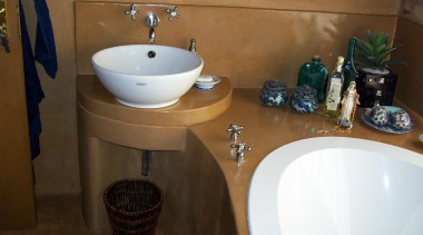 Micro topping 12 - Micro_topping_12 - bathroom | bathroom, bidet, ceramic, countertop, floor, plumbing fixture, property, room, sink, tap, tile, brown