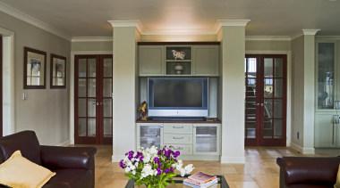 210thomas hunter 8 - Thomas_hunter_8 - ceiling | ceiling, home, interior design, living room, property, real estate, room, wall, window, gray, black