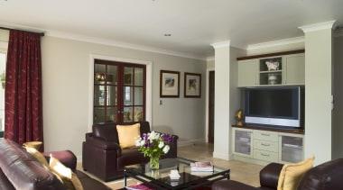 213thomas hunter 11 - Thomas_hunter_11 - ceiling | ceiling, home, interior design, living room, property, real estate, room, window, gray, black
