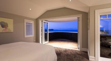 Img9020 - bedroom | ceiling | estate | bedroom, ceiling, estate, floor, home, interior design, property, real estate, room, wall, window, wood, brown, gray