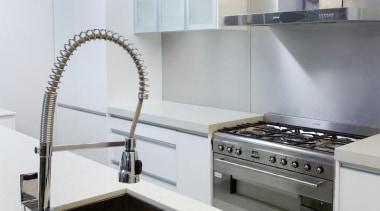 Apollo Bathroom and Kitchen provides high quality kitchen countertop, interior design, kitchen, room, sink, white, gray