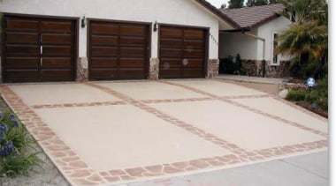Overlay_50 - area | courtyard | driveway | area, courtyard, driveway, estate, floor, flooring, home, house, property, real estate, road surface, walkway, gray