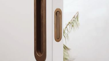 Designed to fit on wood and aluminium doors door handle, product design, white