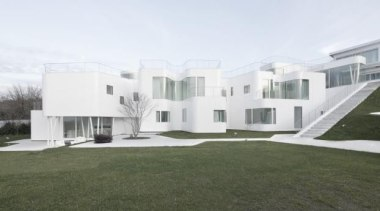 Casa V, Oleiros, SpainDOSIS - World Architecture News apartment, architecture, building, corporate headquarters, elevation, estate, facade, home, house, property, real estate, residential area, villa, window, white, brown