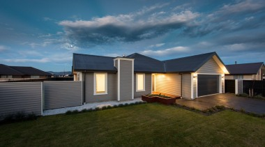 Choosing a weatherboard fence to compliment a weatherboard architecture, cloud, cottage, elevation, estate, facade, home, house, landscape, property, real estate, residential area, roof, siding, sky, suburb, teal, brown