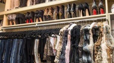 WALK IN CLOSET - Closet - walk in boutique, closet, retail, shopping, black
