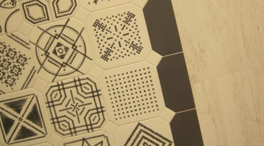 img3770.jpg - img3770.jpg - design | drawing | design, drawing, font, pattern, orange, brown