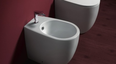 Vignoni 04 - bathroom sink | bidet | bathroom sink, bidet, ceramic, plumbing fixture, product, sink, tap, toilet, toilet seat, red