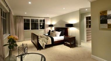 025open2viewid31278025sunnysideroad - 025 Sunnyside Road - bedroom | bedroom, ceiling, floor, flooring, home, interior design, living room, real estate, room, suite, window, wood flooring, brown, orange