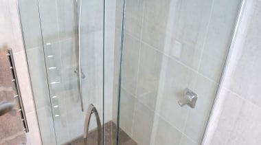 7.jpg - angle | glass | plumbing fixture angle, glass, plumbing fixture, shower, gray