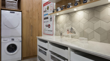 scullery, laundry, veneer, tiled splashback - Home show clothes dryer, countertop, flooring, home appliance, interior design, laundry, laundry room, major appliance, product design, room, washing machine, gray