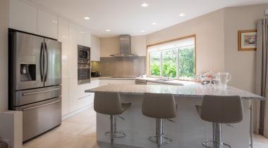 caesarstone, designate alabaster, glass splashback countertop, cuisine classique, interior design, kitchen, real estate, room, gray