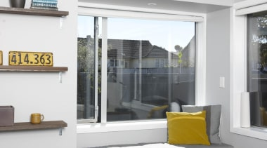 l2o0102.jpg home, interior design, living room, window, white