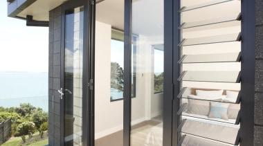Panoramic views. - Corner room - daylighting | daylighting, door, facade, house, interior design, real estate, siding, window, white