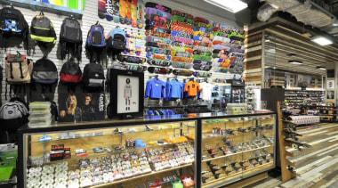 dsc4622edit - Dsc 4622 Edit - convenience store convenience store, liquor store, product, retail, supermarket