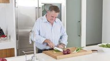 Simon Gault - Simon Gault - cook | cook, cooking, cuisine, food, kitchen, professional, service, window, white, gray