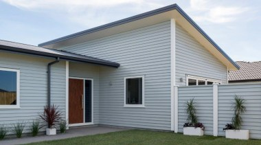 Tauranga Showhome - Tauranga Showhome - cottage | cottage, elevation, facade, home, house, property, real estate, residential area, roof, siding, window, gray, white