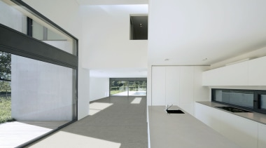 Solado con Dekton Sirocco (A) - Solado con architecture, daylighting, estate, floor, house, interior design, property, real estate, window, gray, white