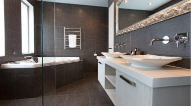 capture2.jpg - capture2.jpg - bathroom | countertop | bathroom, countertop, interior design, room, sink, gray, black