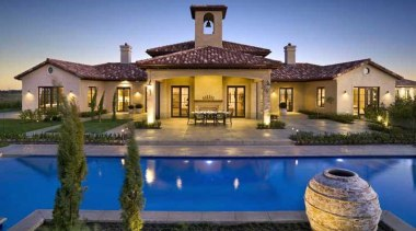 pol0001web.jpg - pol0001web.jpg - estate | facade | estate, facade, hacienda, home, house, leisure, lighting, mansion, property, real estate, residential area, resort, swimming pool, villa, blue