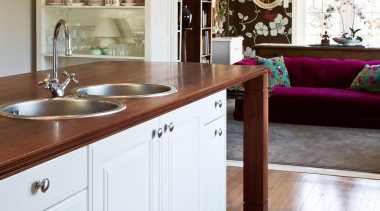 burnham².jpg - burnham².jpg - cabinetry   countertop   cabinetry, countertop, cuisine classique, floor, flooring, hardwood, home, interior design, kitchen, room, wood, wood flooring, white, gray