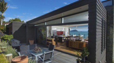 2013 ADNZ National Design Awards Winner - New home, house, outdoor structure, property, real estate, resort, roof, villa, black