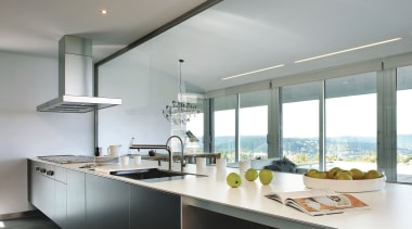 Silestone Quartz Kitchen Cocina Blanco Zeus Extreme architecture, countertop, cuisine classique, interior design, kitchen, real estate, window, gray