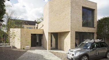Luker House, London, United KingdomJamie Fobert Architects architecture, building, car, facade, family car, home, house, luxury vehicle, mid size car, minivan, property, real estate, subcompact car, vehicle, white