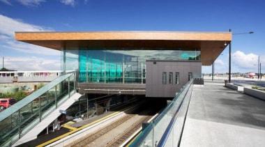 Exterior cladding featuring Laminam Filo Pece - Laminam architecture, building, metropolitan area, public transport, transport, blue