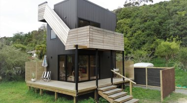 Graham Phipps Tiny House - Ruby Bay, architecture, cottage, house, hut, real estate, green