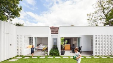 TIDA Australian Architect-Designed Renovation - Highly Commended – architecture, backyard, elevation, estate, facade, grass, home, house, property, real estate, residential area, yard, white