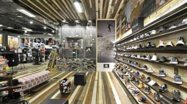 dsc4627edit - Dsc 4627 Edit - retail | retail, supermarket, black