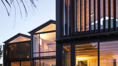 Takapuna, Auckland (designed in association with Rachael Rush) architecture, building, facade, home, house, mixed use, real estate, residential area, siding, sky, window, black