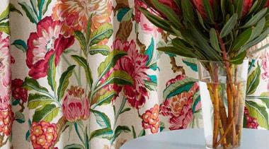 Floranova 8 - Floranova 8 - cut flowers cut flowers, floral design, floristry, flower, flower arranging, plant, textile, brown, gray
