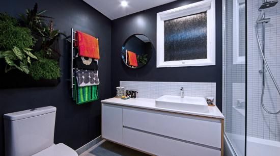 The walls in this bathroom by Rebecca Banks bathroom, home, interior design, room, gray, black