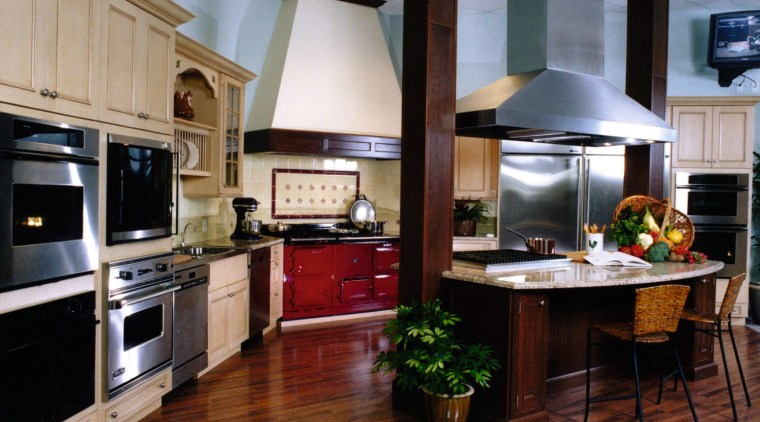 View of this kitchen countertop, cuisine classique, home appliance, interior design, kitchen, black