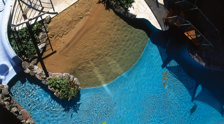 the swimming pool in the apartment blocks leisure, reflection, swimming pool, water, black