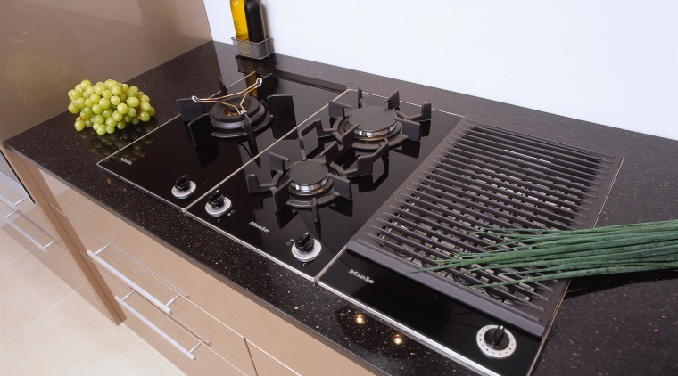 view of this combiset hob unit miele black, gray